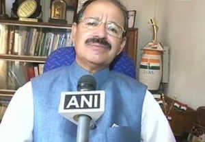 Politicos condemn Yogi Adityanath's remark on minorities sparking riots
