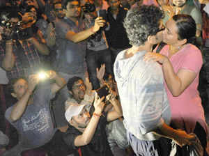 'Kiss of Love' campaign in JNU: Few lock lips, but many give tongue-lashing to PM