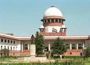 SC stays Gujarat HC proceedings against 27 judges