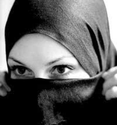 The religious body reiterated its recommendation that women do not need to cover their faces, hands and feet.