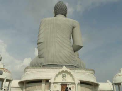 Buddha Chinese Scholar Slams Claim That Gautam Buddha Was Of Chinese Origin Times Of India