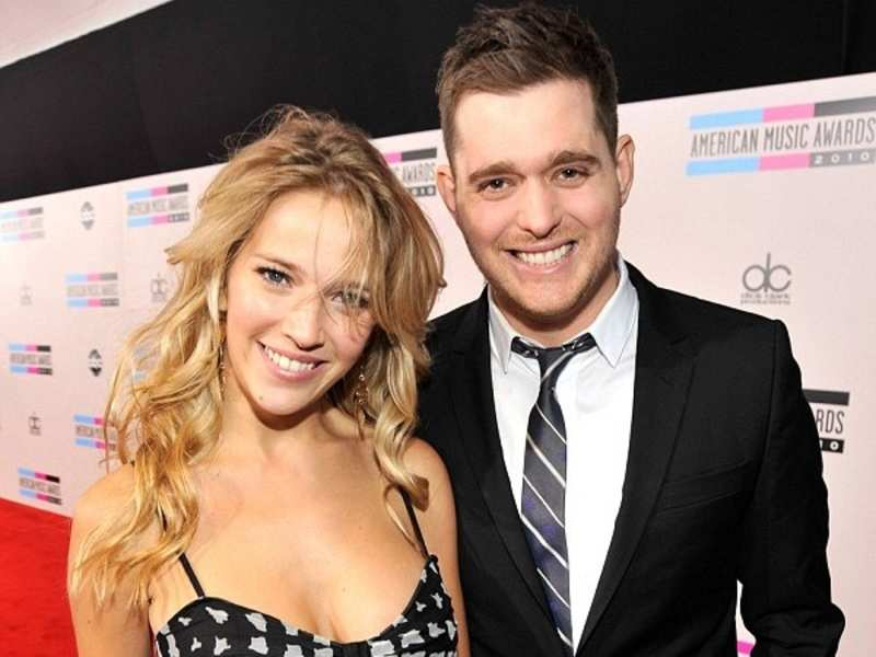 michael buble wife expecting