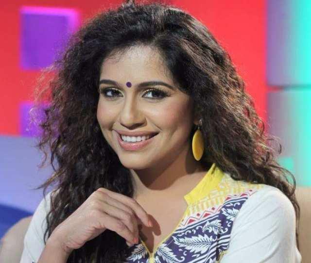 Ex Bigg Boss Malayalam Contestant Ranjini Haridas Seeks Help For The Flood Victims
