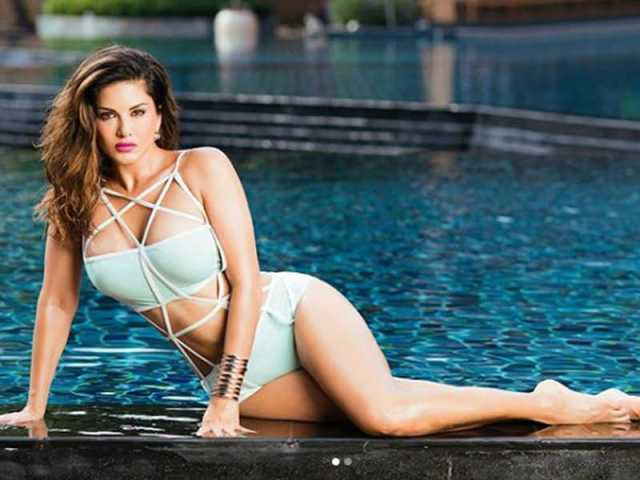 Sunny Leone Hot & Sexy Photos: Sunny Leone's stunning pictures - newsdezire