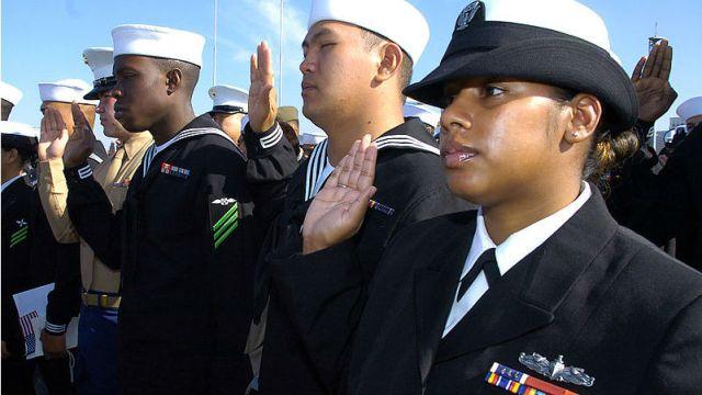 Military veterans taking the citizenship oath