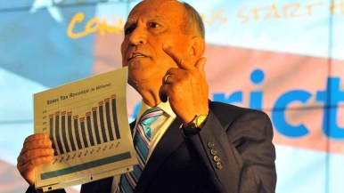 Escondido Mayor Sam Abed explains how his city prospered from sales-tax growth. Photo by Ken Stone