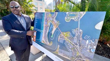 Vincent Mudd of the San Diego Exploratory Committee points to Missio Beach focus of the World Beach Games. Photo by Ken Stone