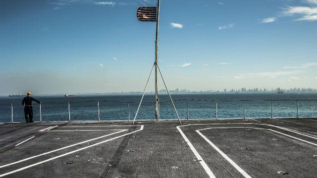 Flight deck of USS Carl Vinson