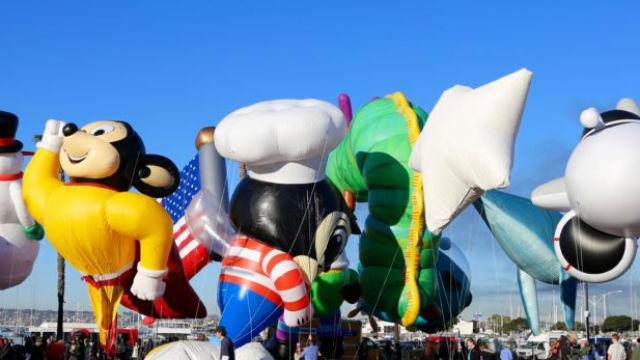 Holiday Bowl parade balloons