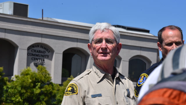 Sheriff Bill Gore outside the synagogue