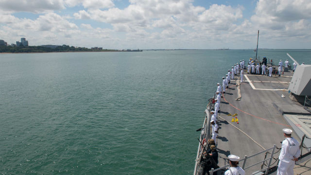 USS Stockdale enters Darwin harbor