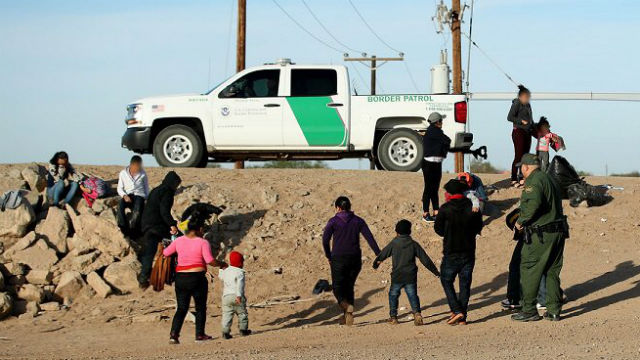 Migrant families in Yuma