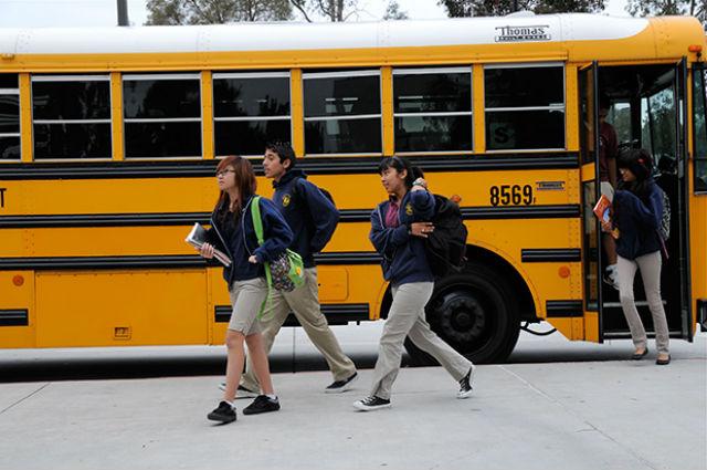 Students arriving at the Preuss School
