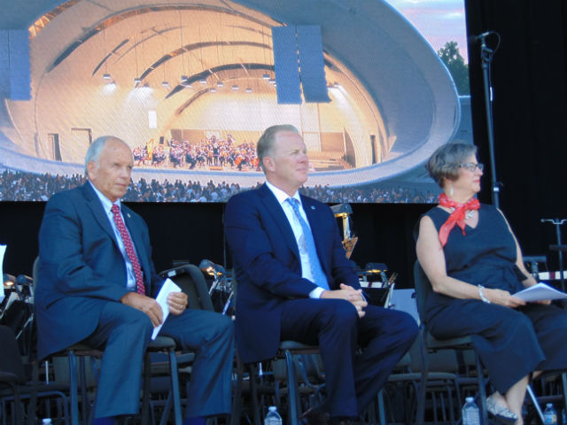 Garry Bonelli, Kevin Faulconer and Martha Gilmer at the groundbreaking event
