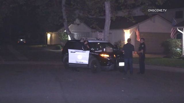 Police talk with witness in Scripps Ranch
