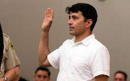 Oscar Stewart raised his hand to be sworn in during the preliminary hearing for man accused of shooting up synagogue in Poway.