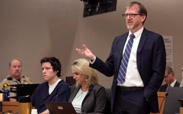 John O'Connell, attorney for John Ernest, questions Oscar Stewart during the preliminary hearing.