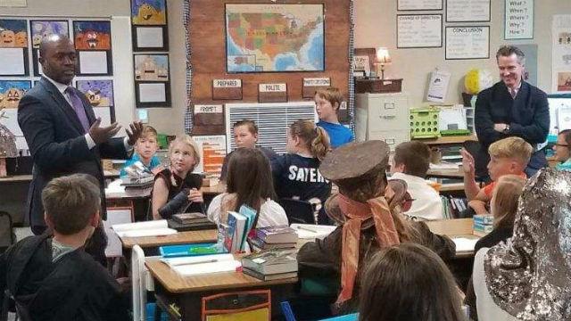 Tony Thurmond and Gavin Newsom at a school in El Dorado County