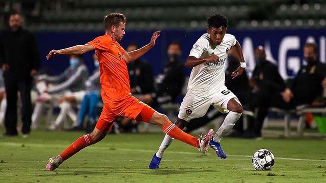 San Diego Loyal had to settle for a 1-1 tie when LA Galaxy II scored in stoppage time. Photo courtesy of San Diego Legion