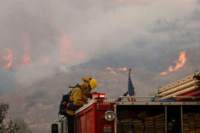 Firefighter battles Silverado fire