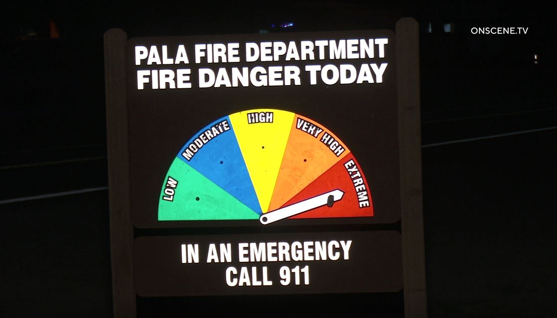Fire warning sign in pala