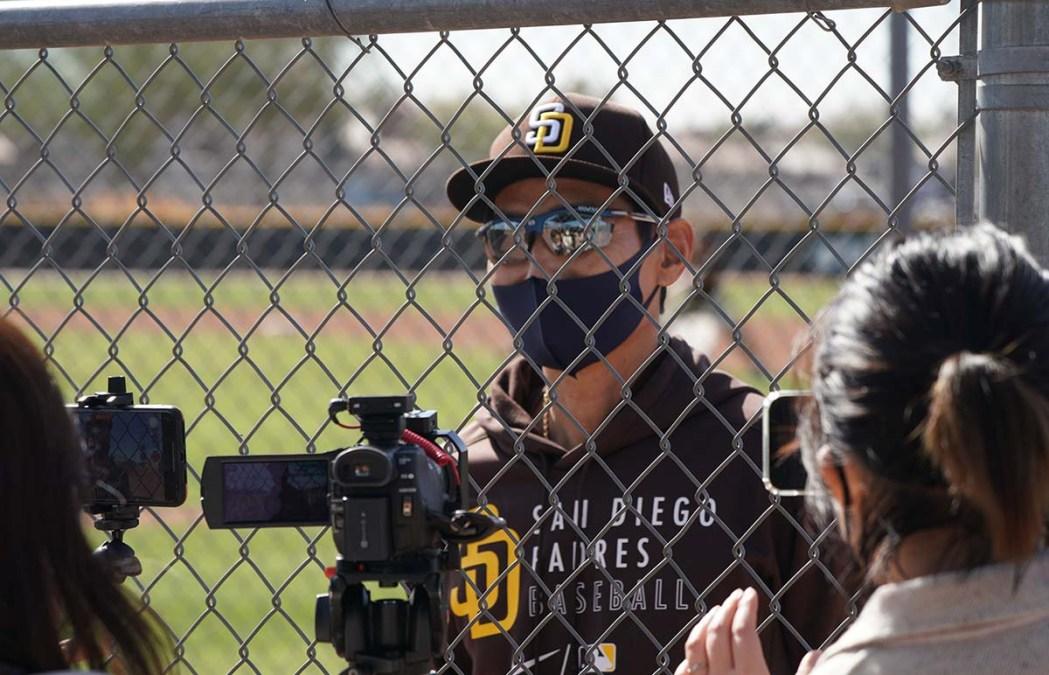 New Padre infielder Ha-seong Kim is interviewed by a Korean photo crew.