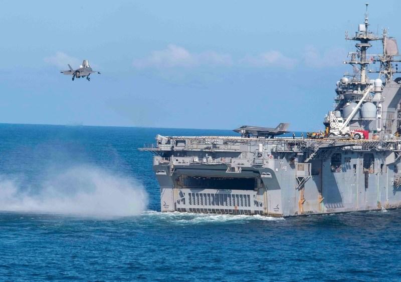 F-35B lands on USS Making Island