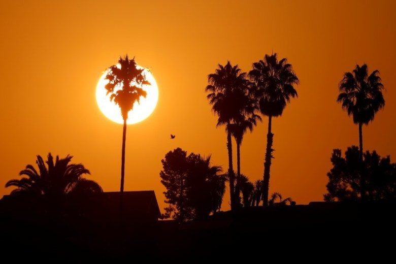 Sun rises in Encinitas