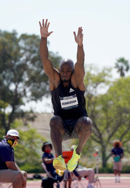 Rio Olympic champion Jeff Henderson wins the Chula Vista competition with a leap of 27-6 1/2
