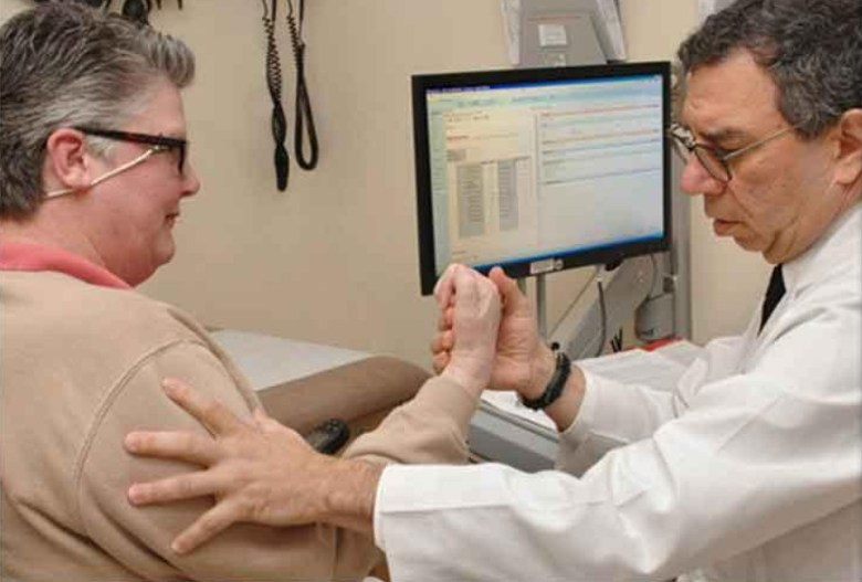 Doctor treats ALS patient