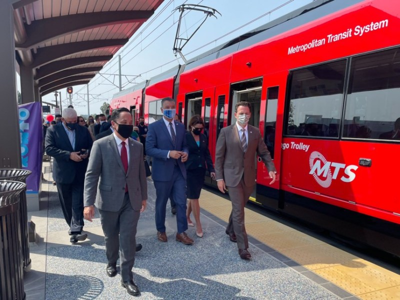 Government leaders with first trolley