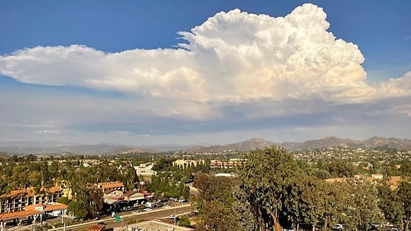 Thunderstorm over Ramona