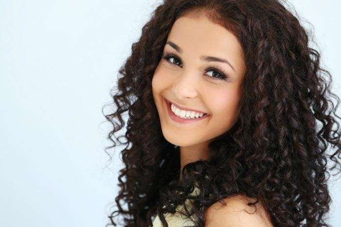 Common Myths About Curly Hair That are Ruining Your Hair