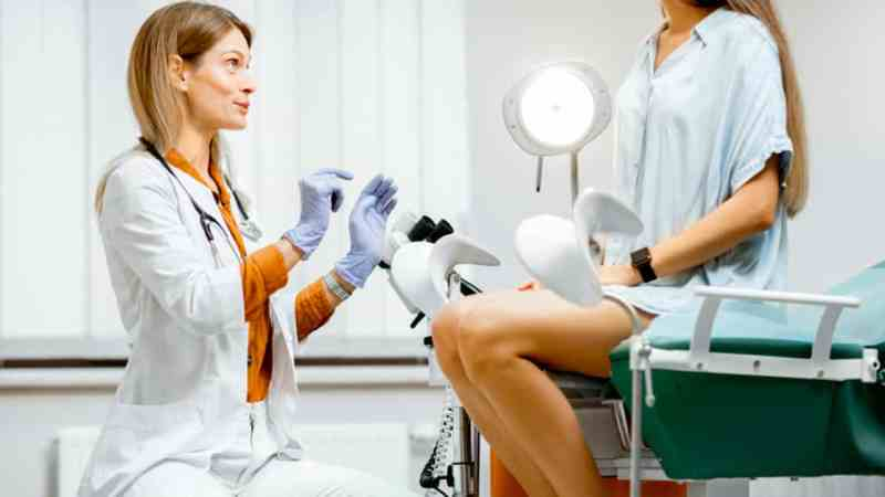 How do you get bacterial vaginosis?