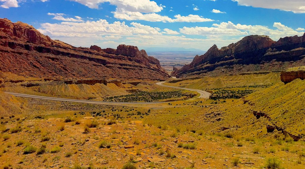 I-70 as it cuts through the San Rafael Swell in Utah