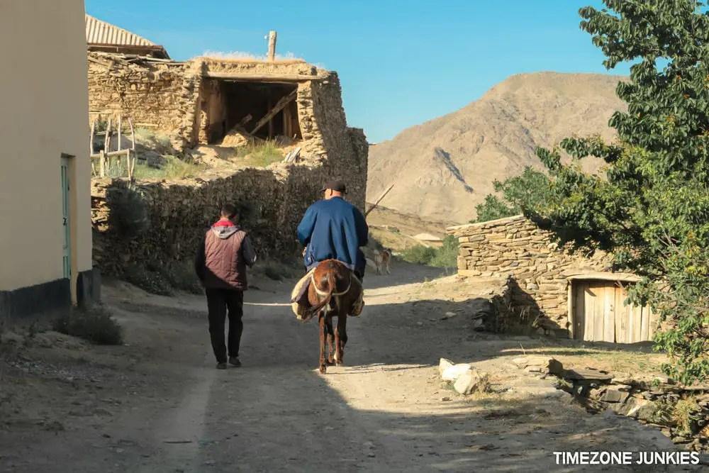 desert in uzbekistan