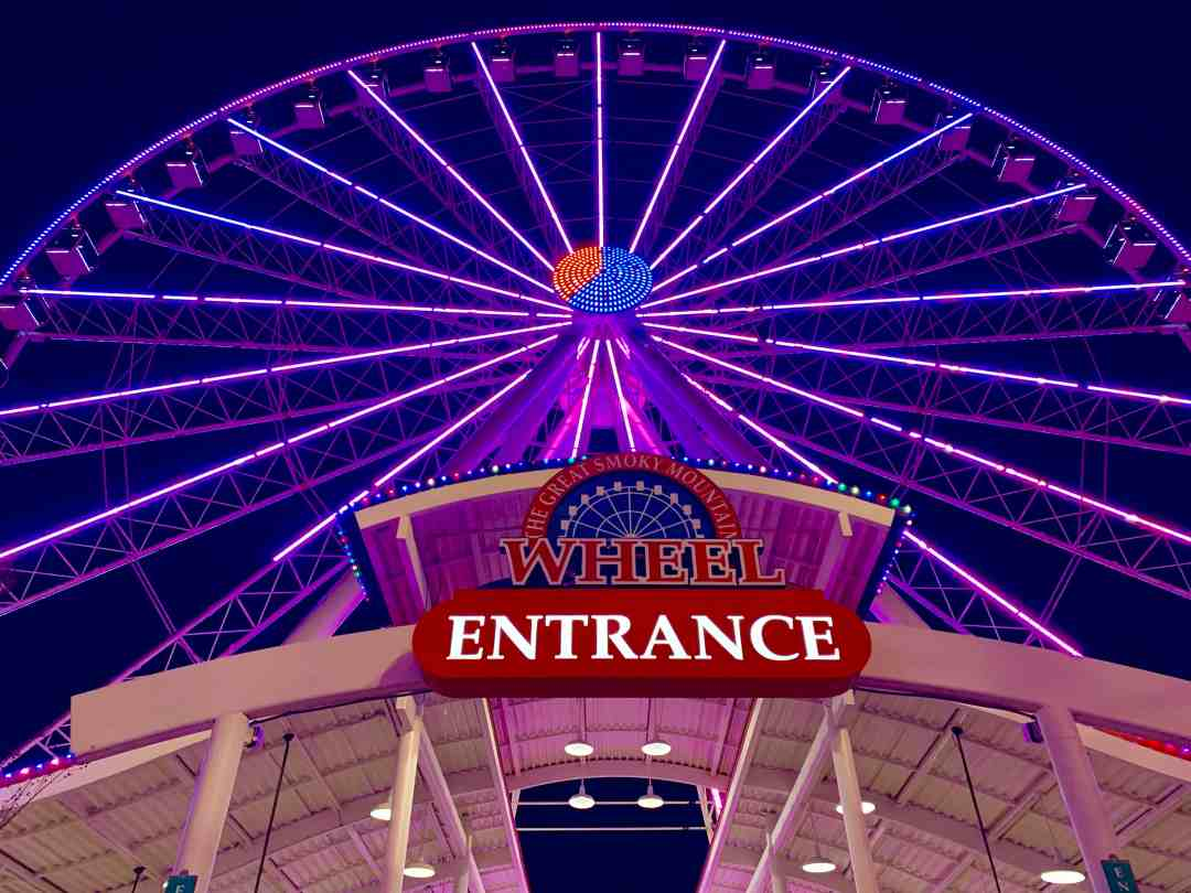 The Great Smoky Mountain Wheel - Island in Pigeon Forge