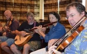 Sunday Traditional Irish Music Sessiun