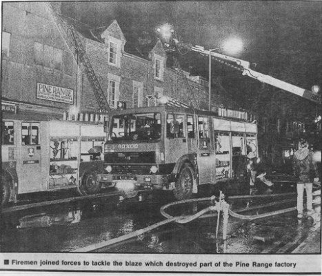 Fire crews attend the fire at Pine Range, Frome, February 1991