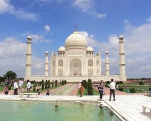 Lâu đài Taj Mahal: Giọt nước mắt lăn trên má thời gian