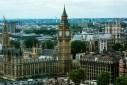 10 điều độc đáo về nước Anh: Quốc gia có bà mẹ nhỏ tuổi nhất thế giới