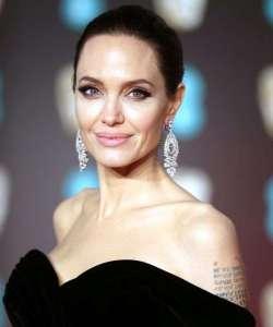 Los mejores looks de belleza de Angelina Jolie