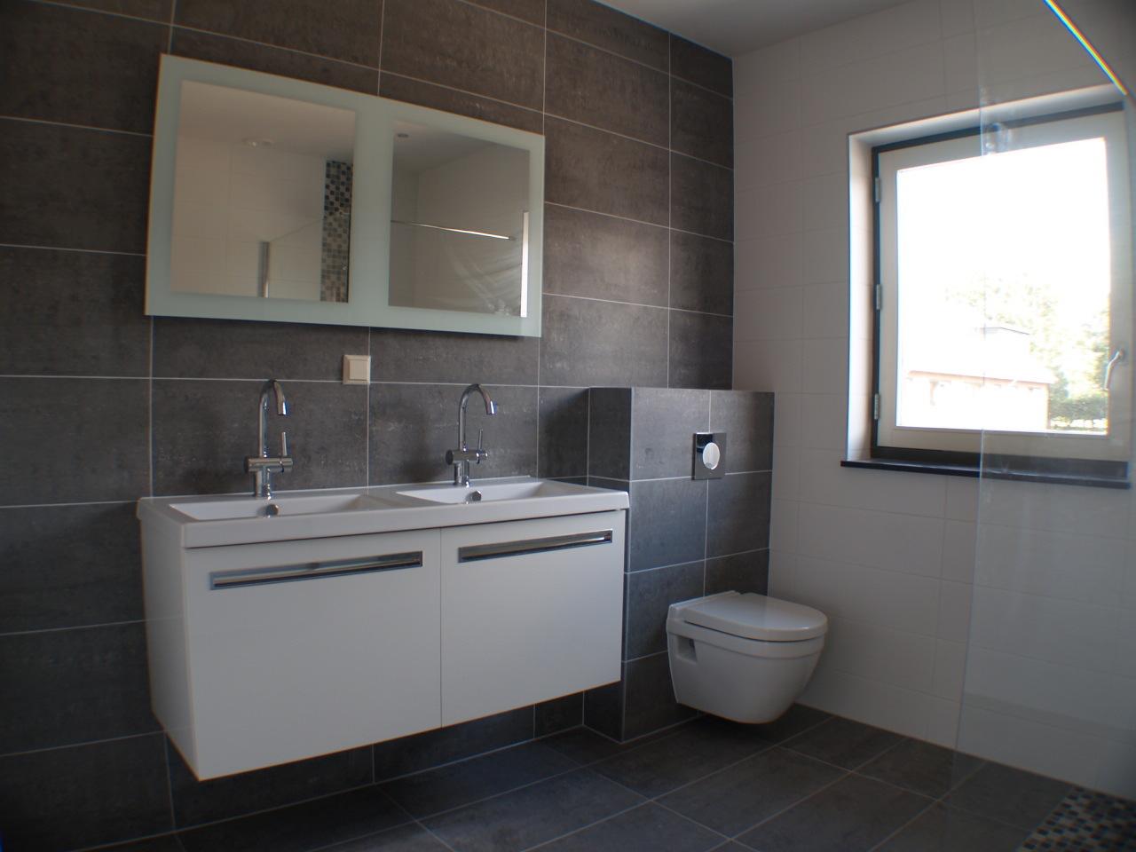 Badkamer Verbouwen  Timmer En Afbouwbedrijf Pbakker