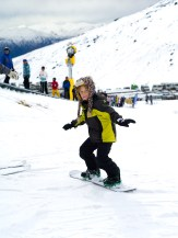 Aras looking like an awesome snowboarder.