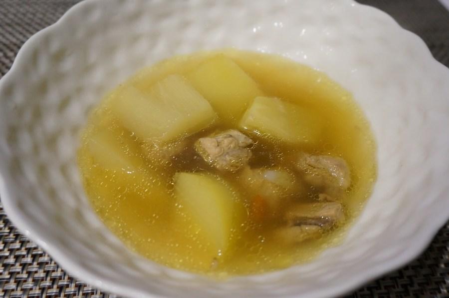 【燉湯食譜】青木瓜燉排骨-其實男女都適宜的冬天輕補品–踢小米廚房