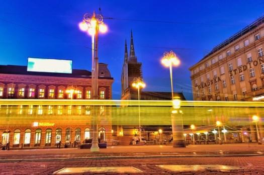 zagreb croatia at night