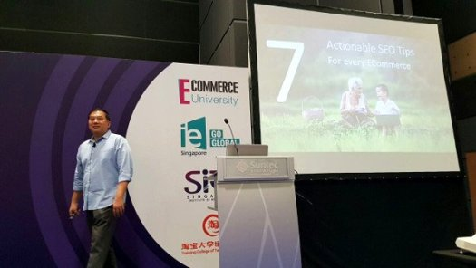 Timotheus presenting the 7 Actionable SEO Tips for Every E-Commerce Site
