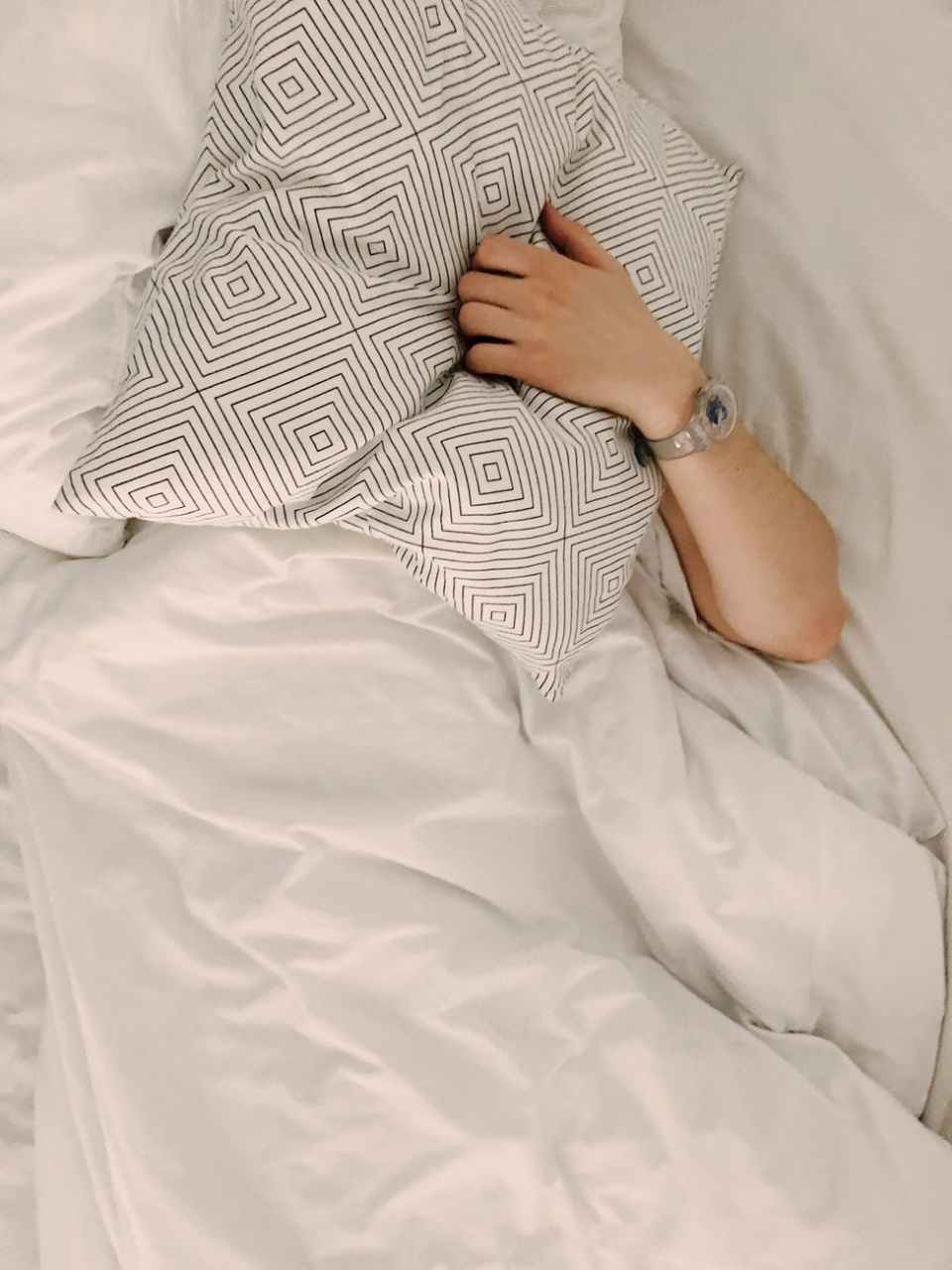 The Link Between Poor Sleep and Weight Gain – 5 Things To Know