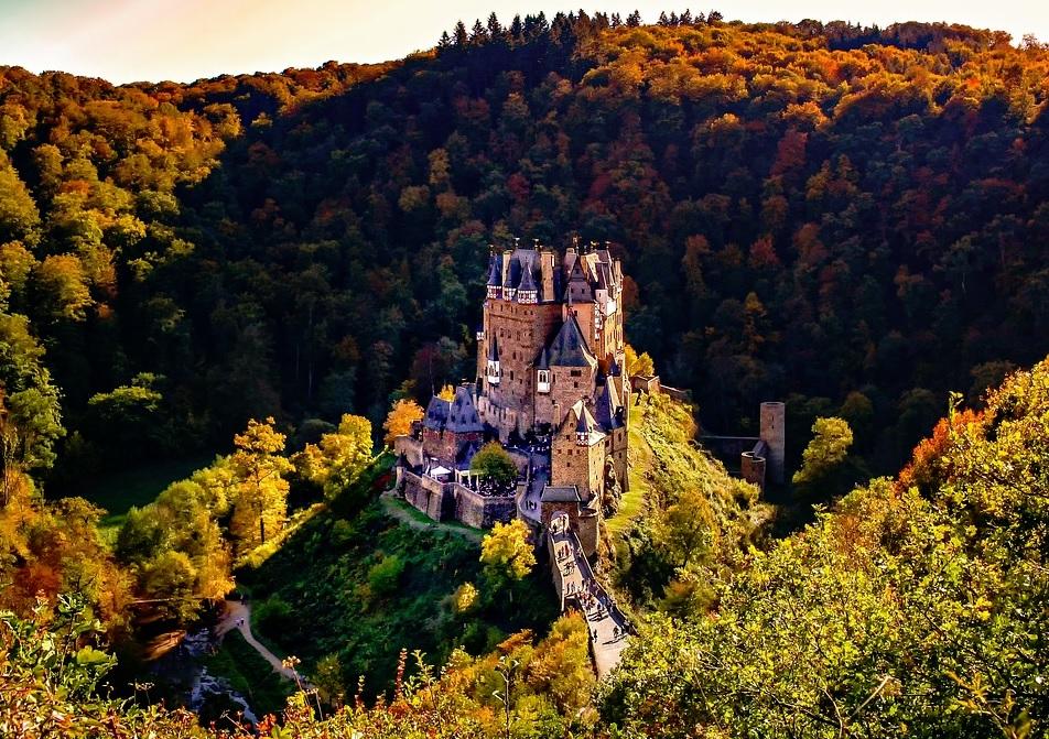 The Evolution of Medieval Castle Design