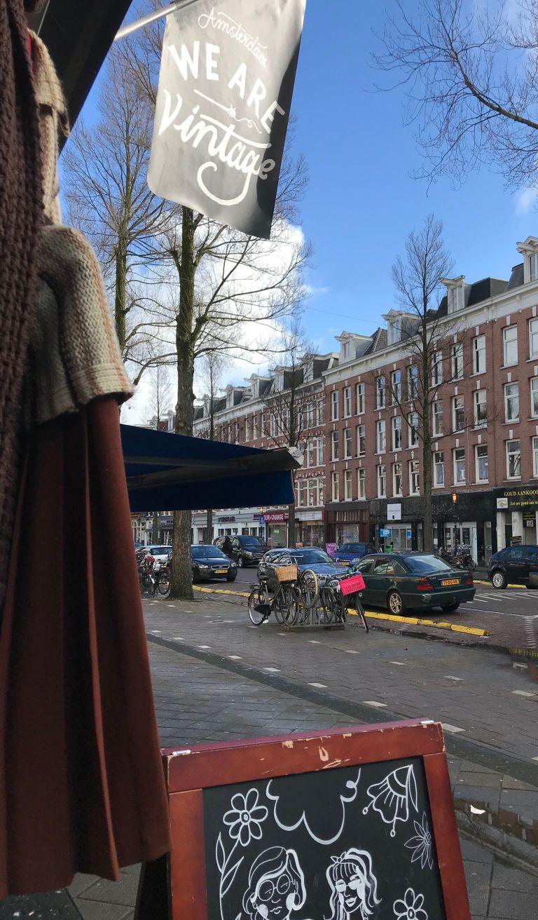 we are vintage kleding shoppen amsterdam-oost
